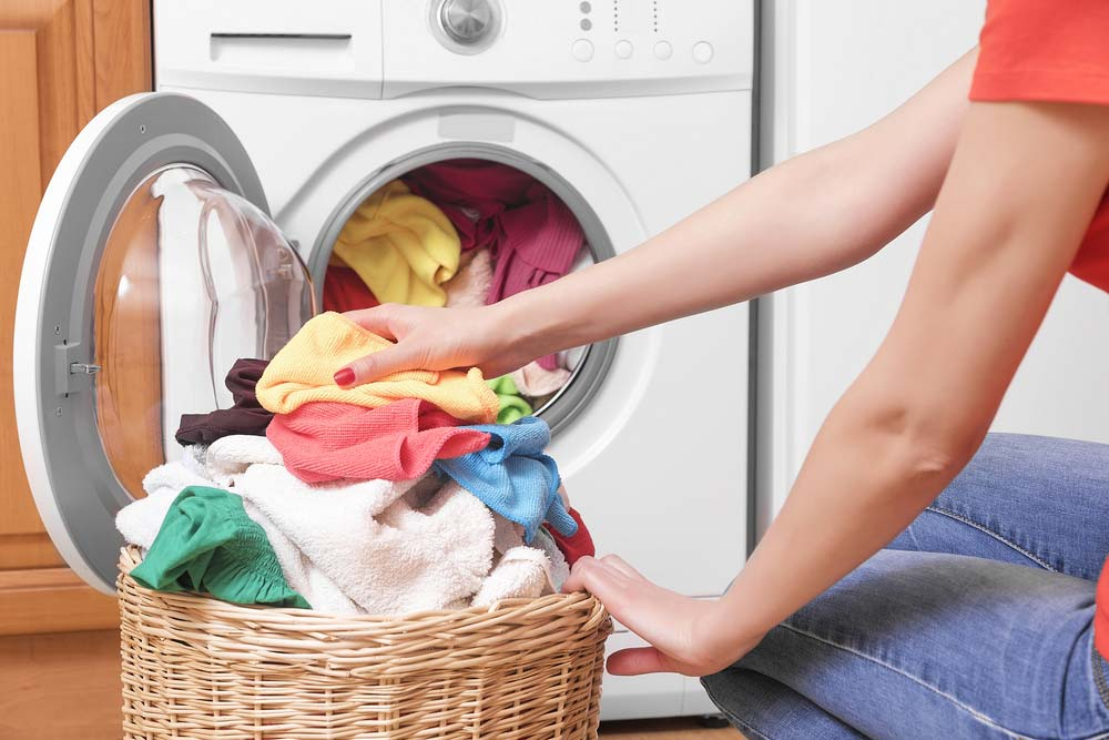 how to remove lint from clothes in the washer