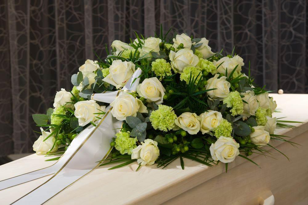 7 Steps to Make Funeral Flower Arrangement