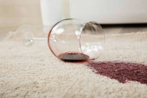 Red wine stain on the carpet can be cleaned easily