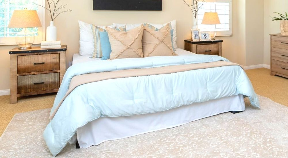How to Make Your Bedroom Feel Bigger with Rugs